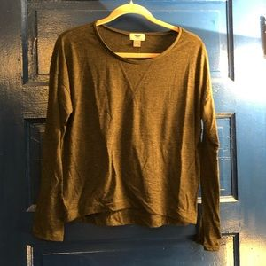 Old Navy long sleeve t shirt - M